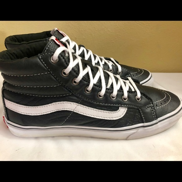 vans off the wall Other - Vans Off the Wall Sk/B High Leather BLK/W M 7.5 W9